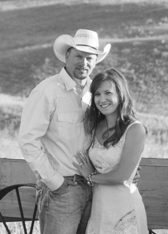 Columns For Sale >> Shelly Taylor and Dan Kelly - North Platte Nebraska's Newspaper: Engagements