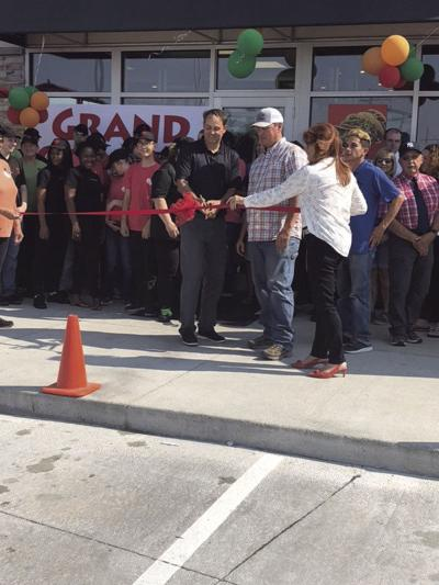 Ogallala Taco John's celebrates official opening