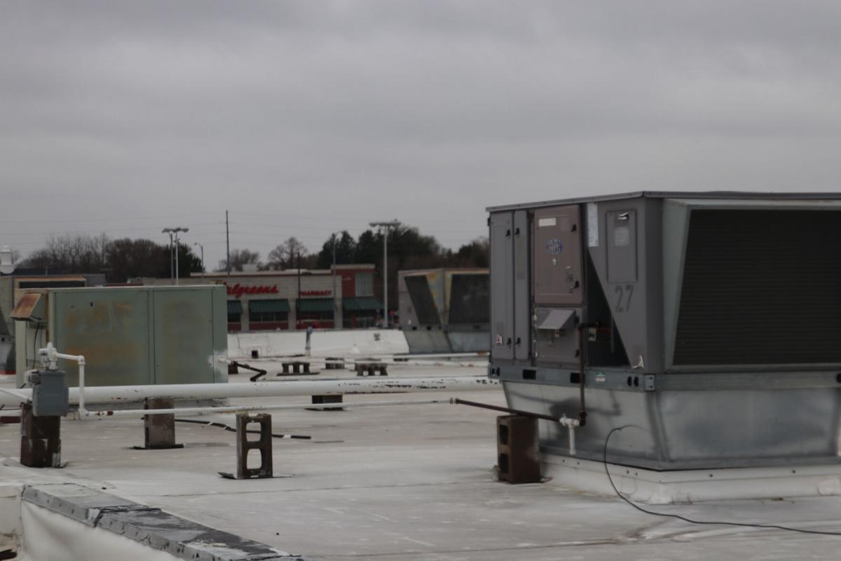 5-2 mall roof 2.jpg