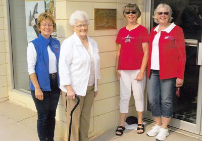 Sioux Lookout dedicates plaque for 1st schoolhouse