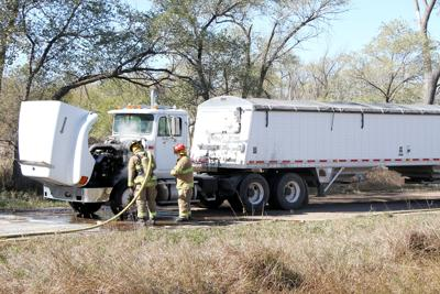 Grain truck fire quickly extinguished | Local News