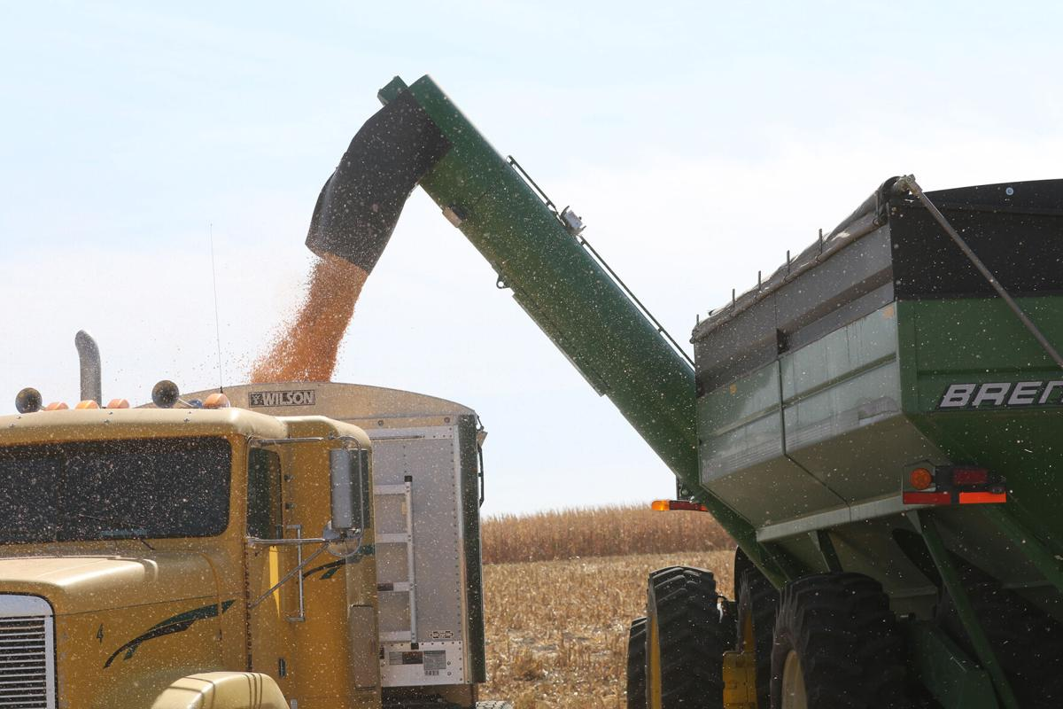 Farmers donate crops to aid North Platte High School FFA chapter