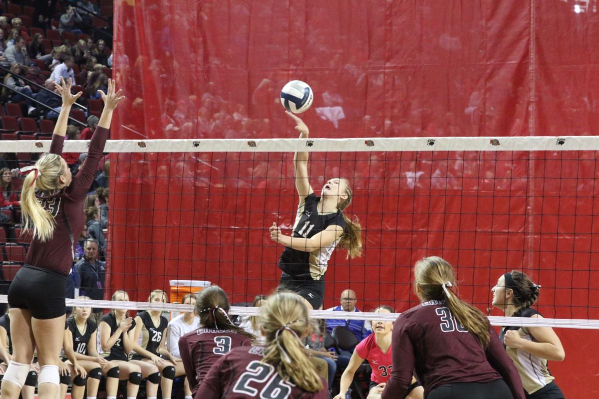 Mullen falls in semifinals; will play in third-place game on Saturday