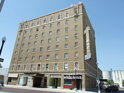 Dhhs report hotel pawnee in violation of state for Alf hotel downtown