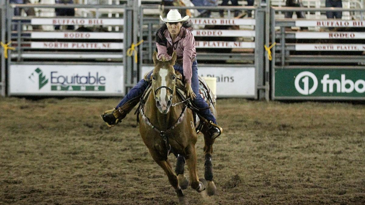 North Platte cowboy Mason Ward competes for 1st time at Buffalo Bill Rodeo