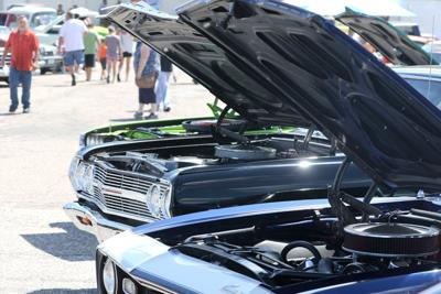 Hot rods descend on North Platte for cruise night