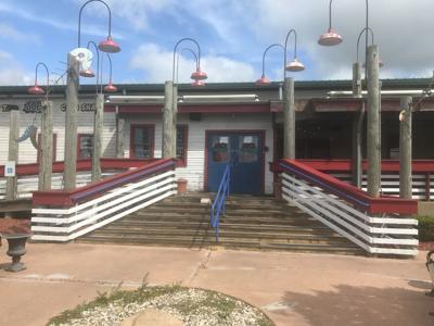 Joe's Crab Shack abruptly closes in Hobart