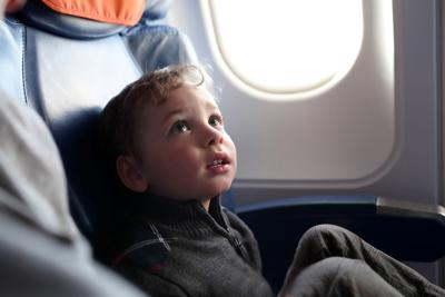 MOMS-KIDS-FLYING-DMT