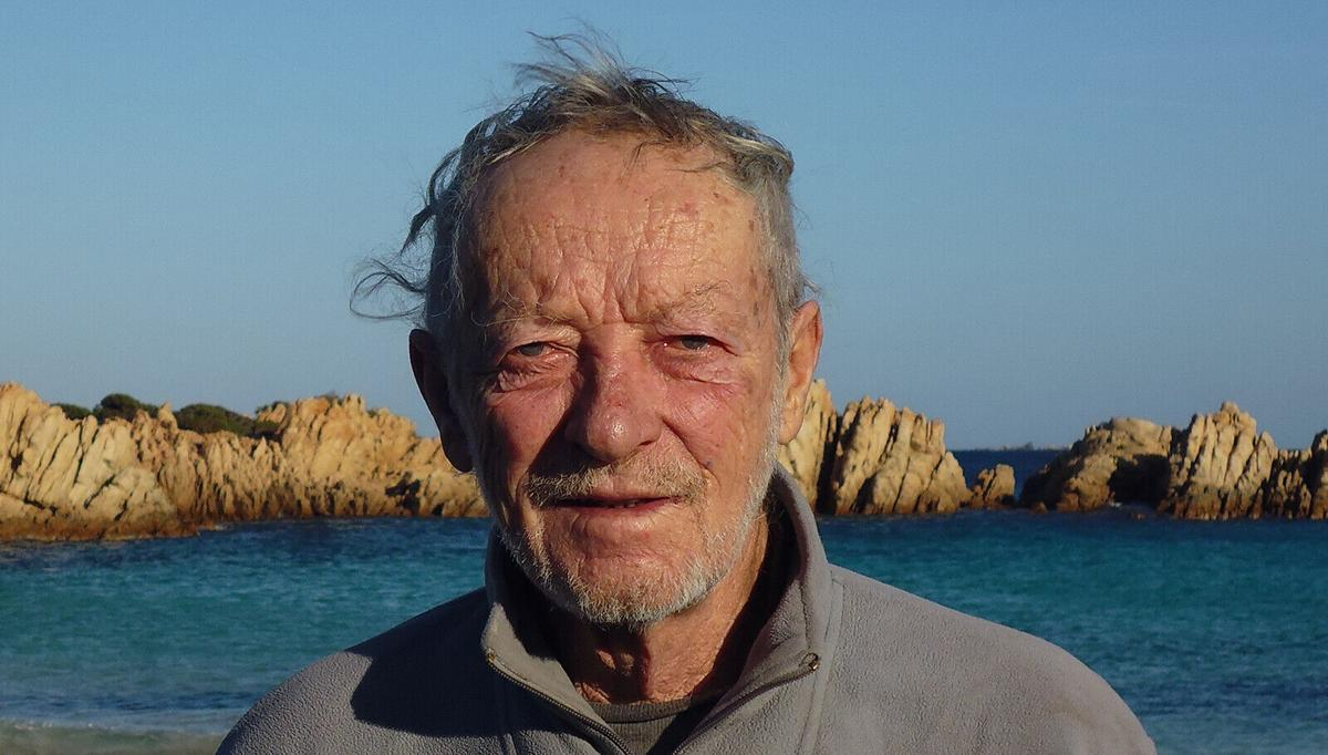 Italian hermit on island alone is leaving after 32 years
