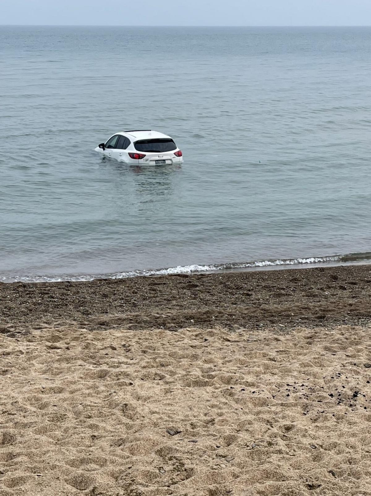 Vehicle in lake.jpg