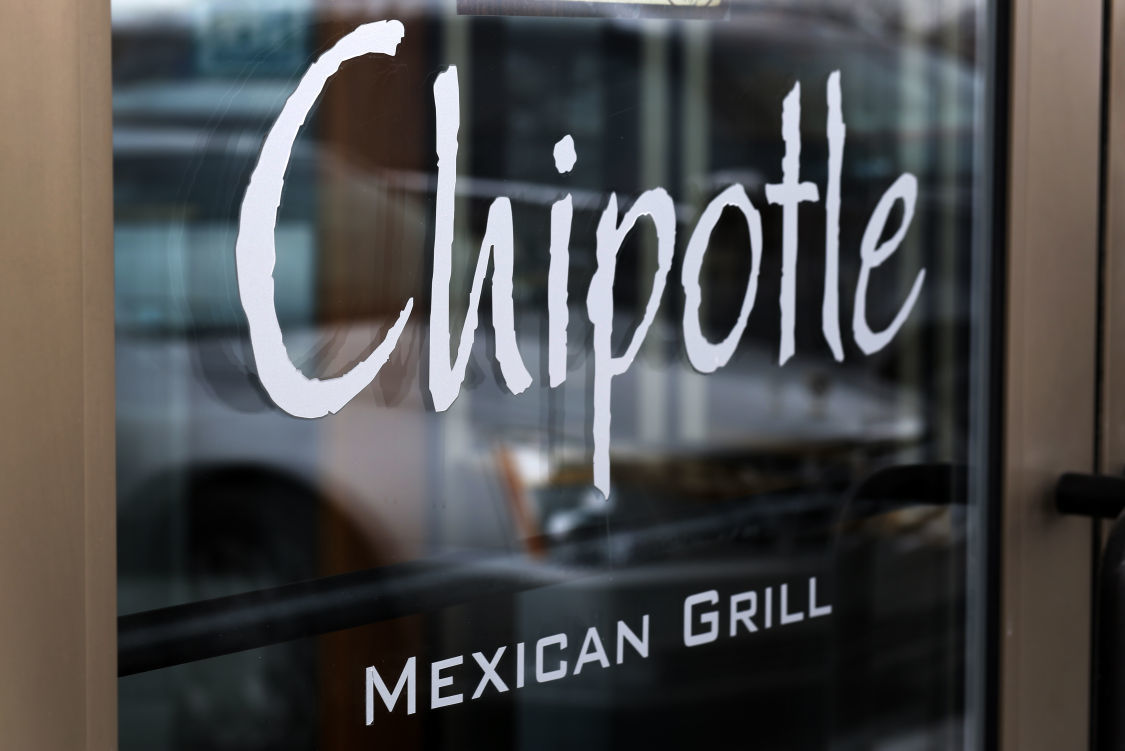 NWI Business Ins and Outs: Chipotle opens in Crown Point, Dickey's BBQ closes in Highland, Bee & Me Boutique moving