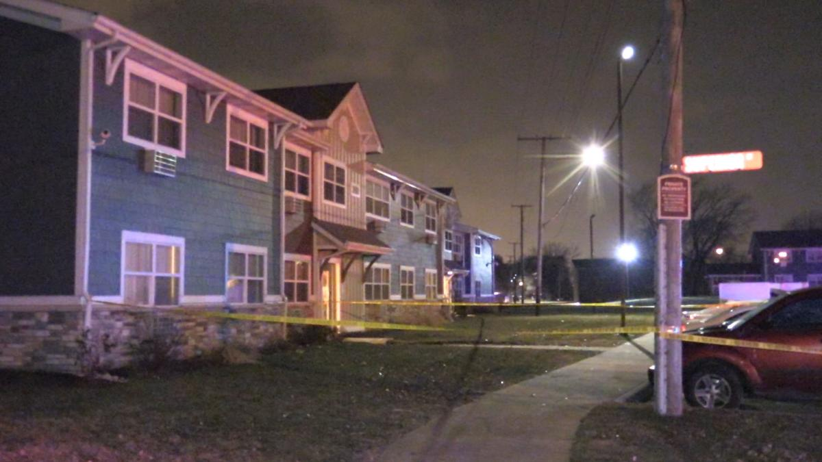 Teenager among 2 wounded in East Chicago shooting