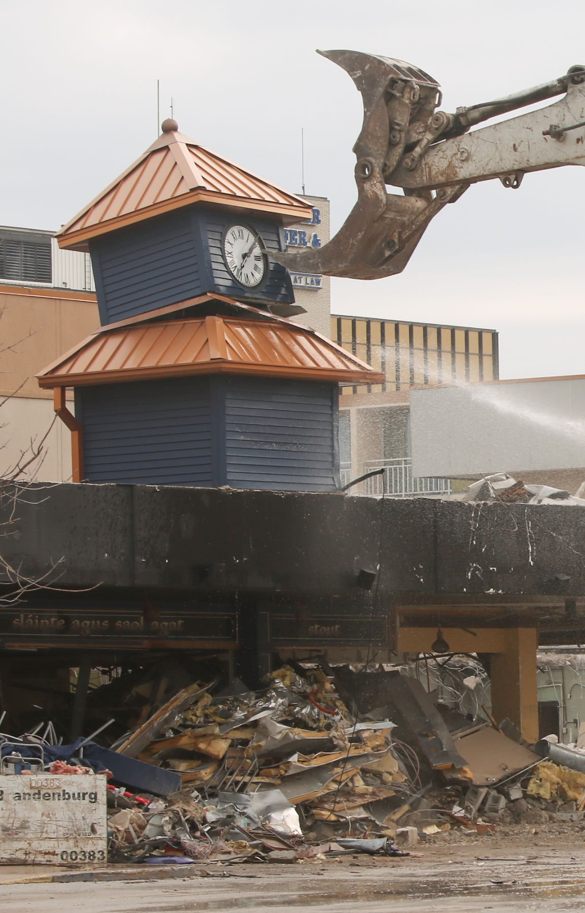 Demolition of iconic clocktower at Radisson Hotel
