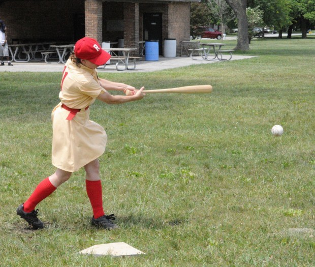 Women recall those who played pro ball during WWII