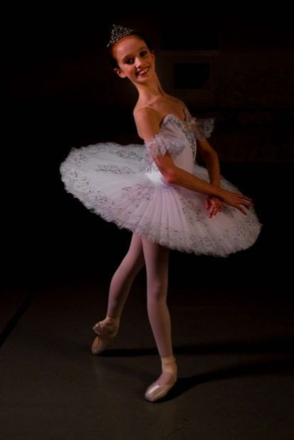 young ballerina aims for the heights in dance world