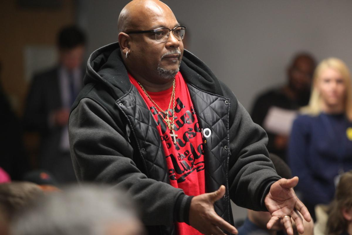 East Chicago residents urge EPA to hold second meeting, citing complicated nature of West Calumet plan