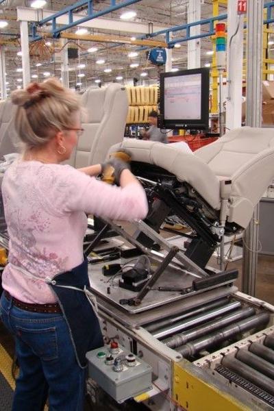 Lear looking to fill 200 jobs at job fair
