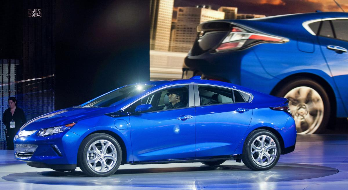 All Chevy chevy 2016 volt : 2016 Chevy Volt plugs into a quicker, quieter ride | Cars ...