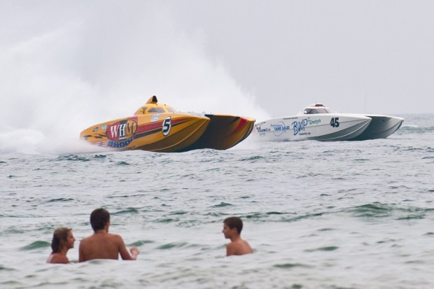 Super Boat International rolls into Washington Park