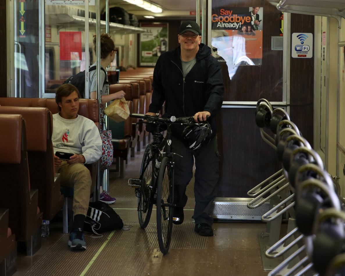 061216-biz-bikesride