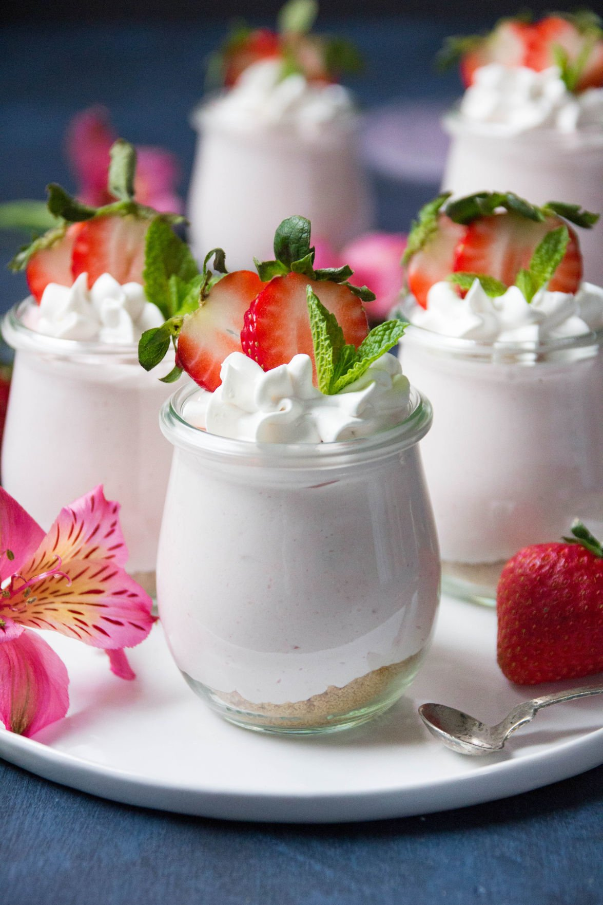 No Bake Strawberry Cheesecake Cup