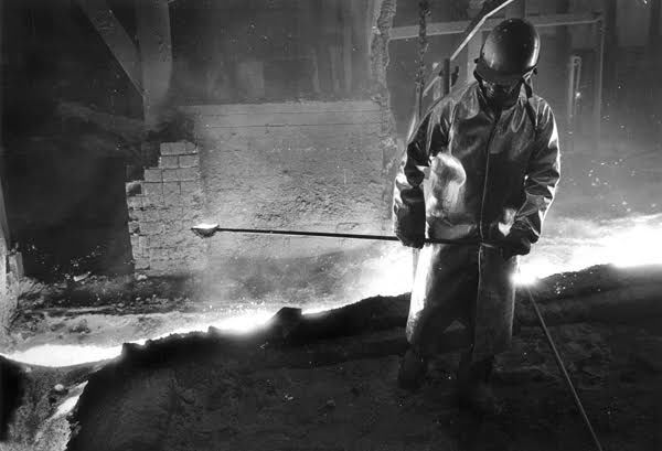 Steeltown Usa Photographer Captured Hard Work Sheer Size Of Mills