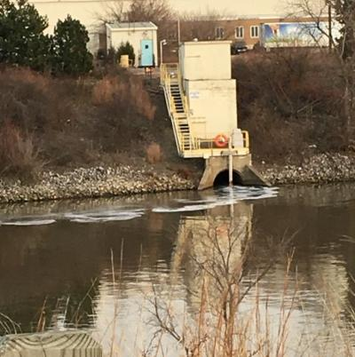 Lakefront park, Ogden Dunes beach remain closed as IDEM investigates U.S. Steel discharge