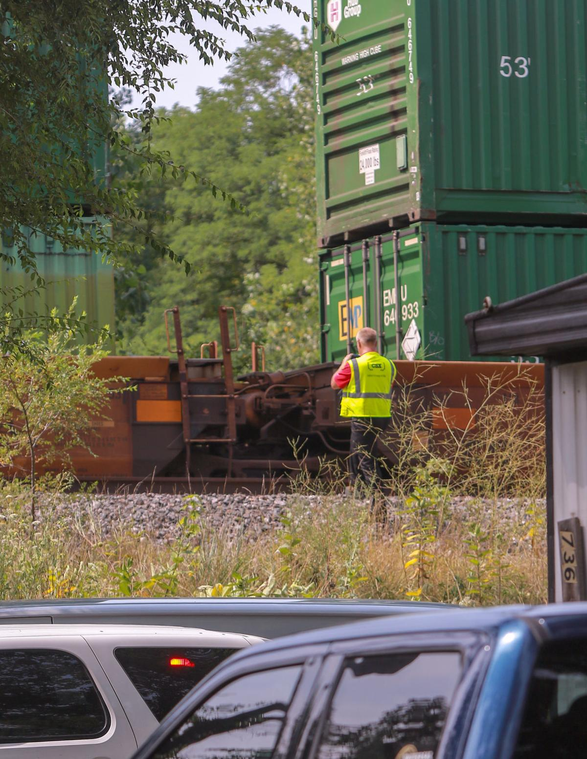 Train hits toddlers in Portage