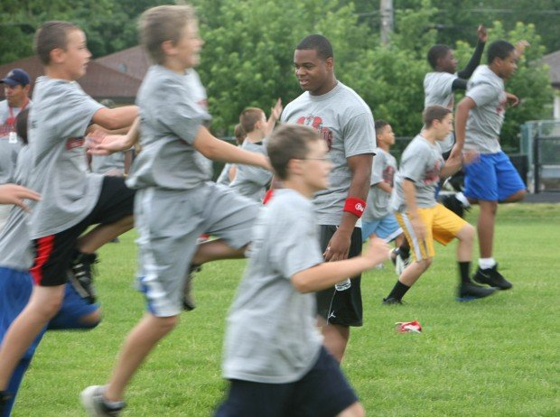 Pierre Thomas football campers