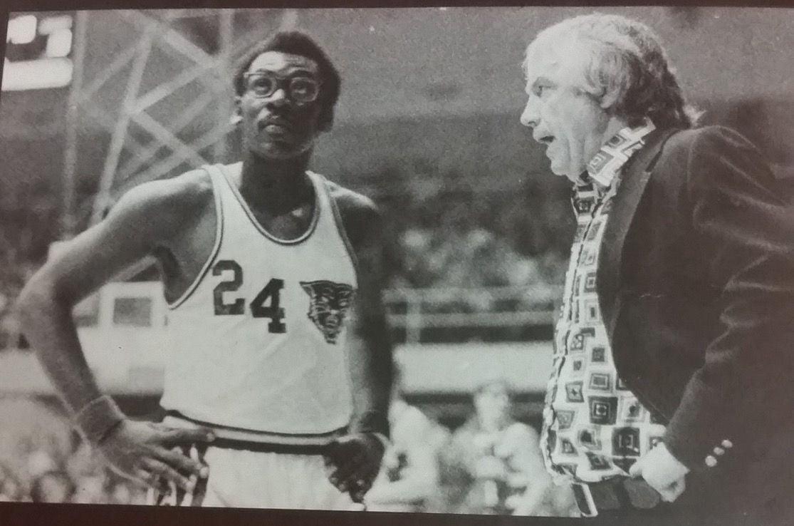 Hammond coach Dick Barr