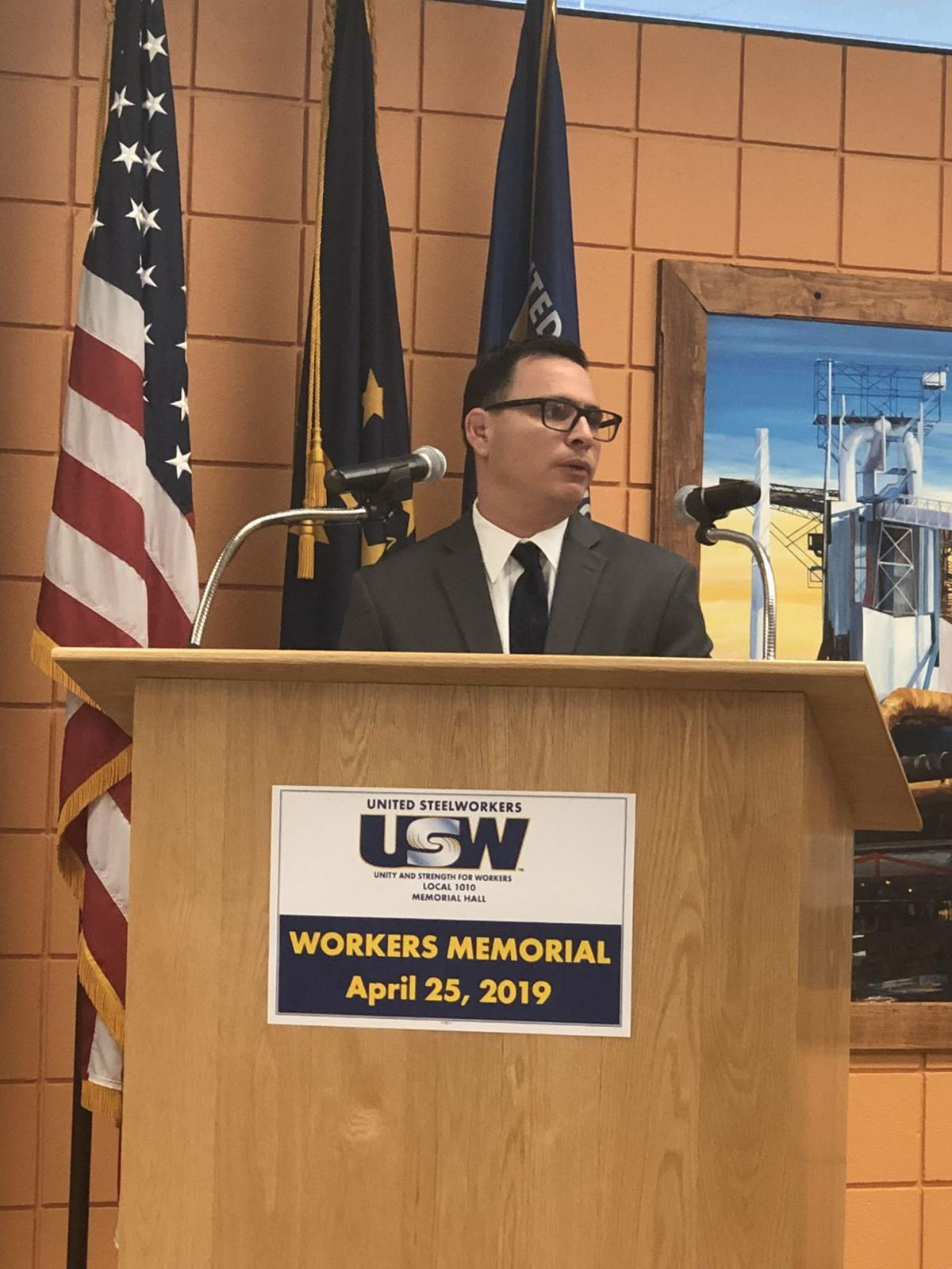 Union local mourns fallen steelworkers