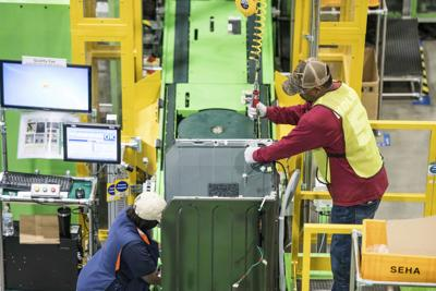 Manufacturing job growth continues to slow, with U.S. adding only a fifth as many factory jobs as last year