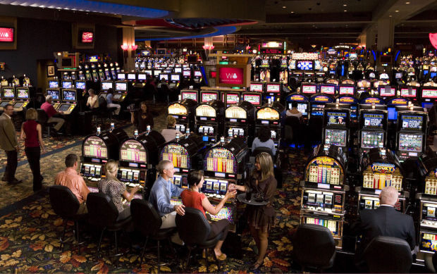 Four Winds New Buffalo Slot Machines and Gaming Area