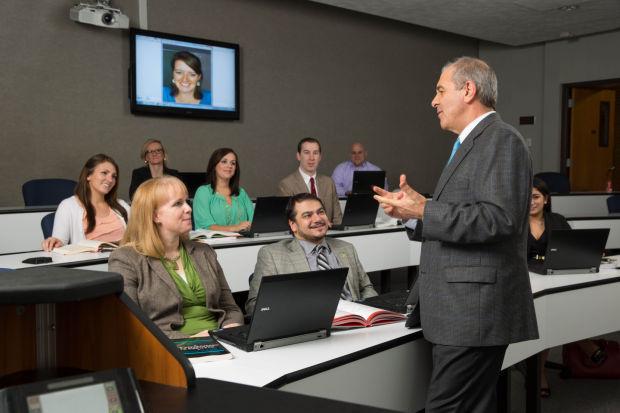 Full Tech Menu: An enhanced education using modern media tools