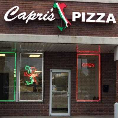 Capri's Pizza opens in Crown Point