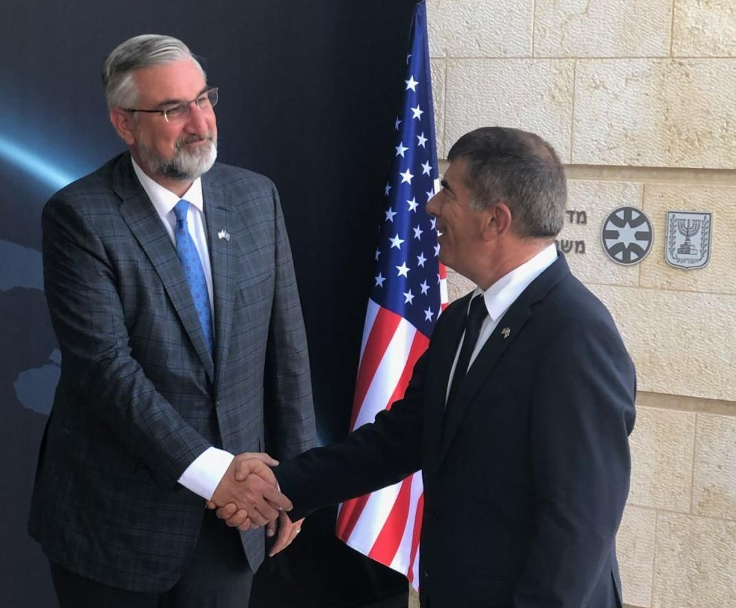 Holcomb first U.S. governor to visit Israel following cease-fire