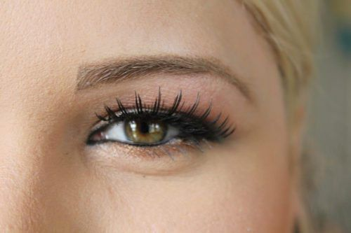 6 Makeup Mistakes That Make Your Eyes Look Smaller