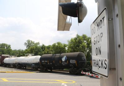 Proposed tri-state rail line attracts 3,000 comments