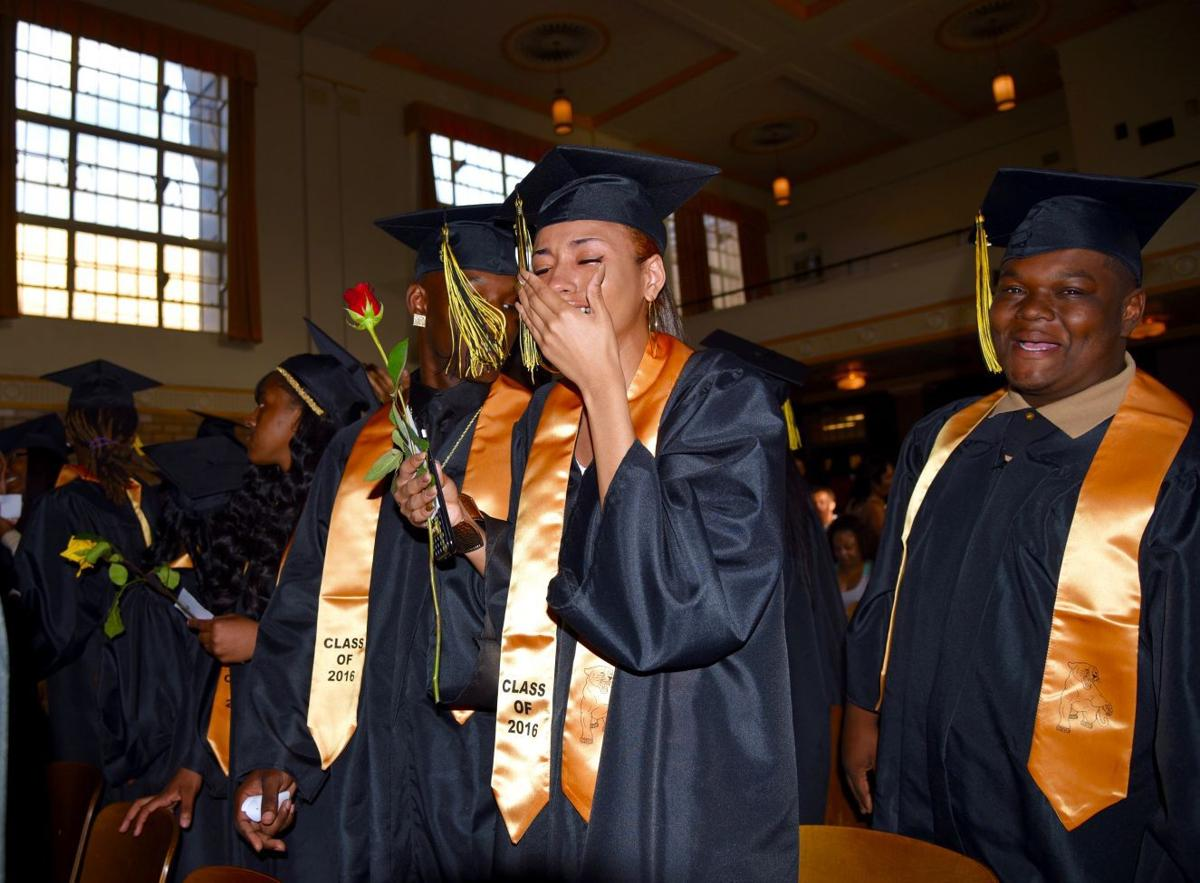 Roosevelt graduates encouraged to 'insert greatness as their destination'