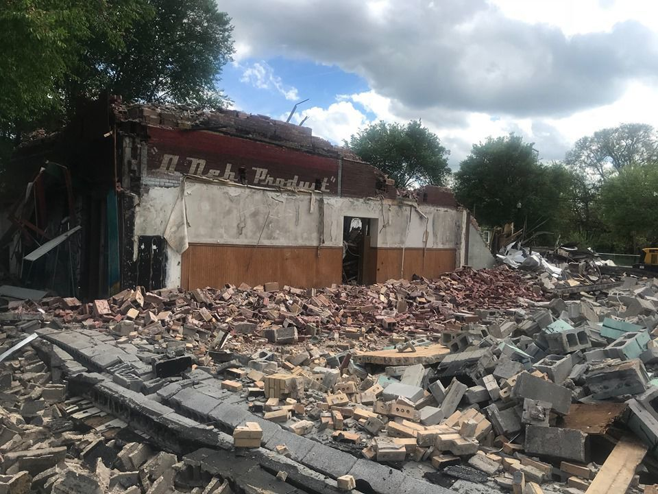 Gary razes historic 109-year-old Ming Ling restaurant building