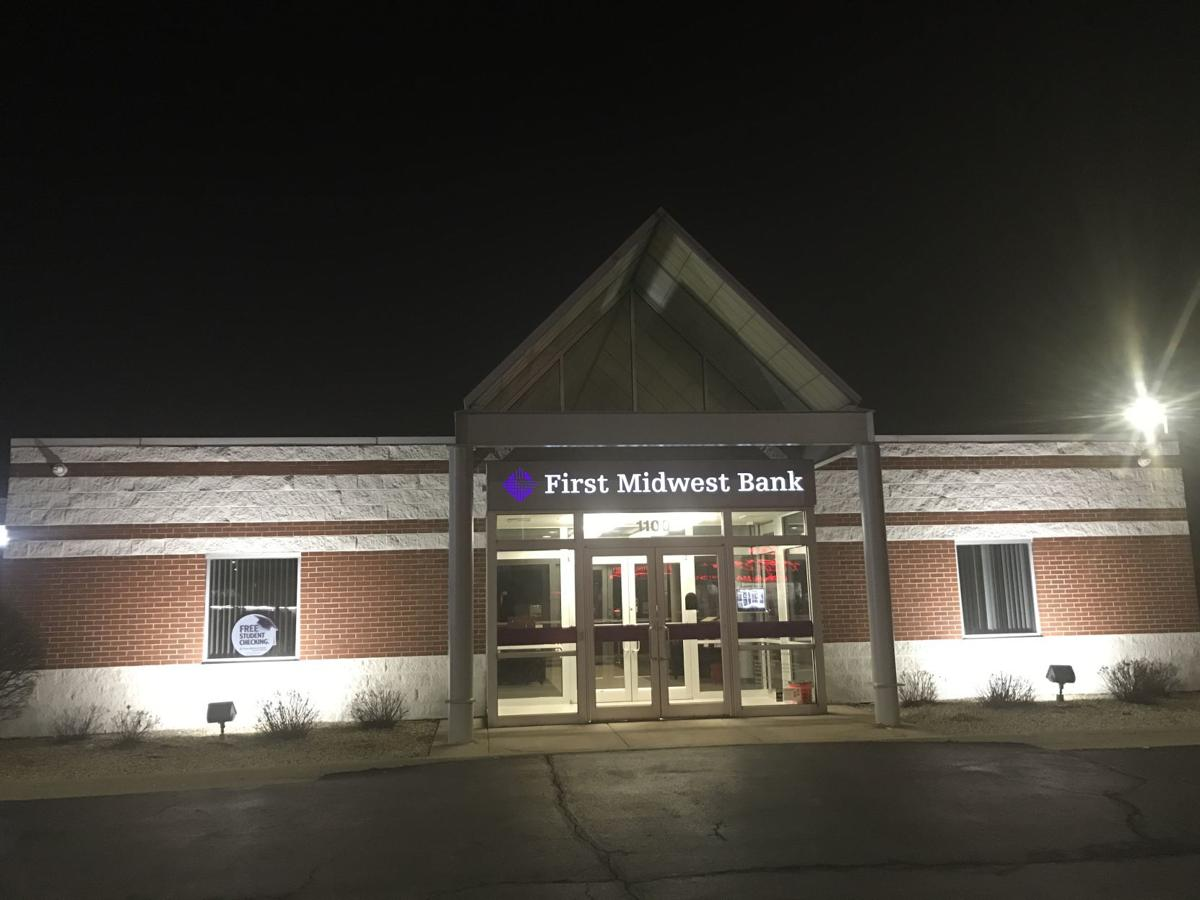First Midwest Bancorp to buy Northern Oak Wealth Management