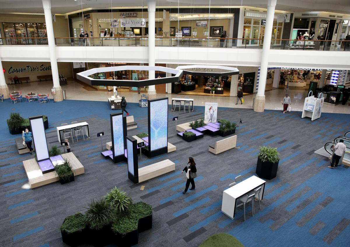 Teen curfew creates 'new atmosphere' at Southlake Mall