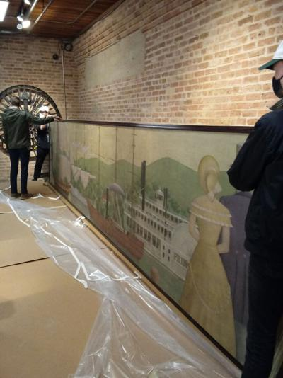 'History of Ships' mural sails into Chicago Maritime Museum