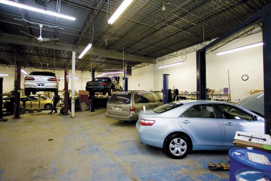 vehicle repair shop dyer