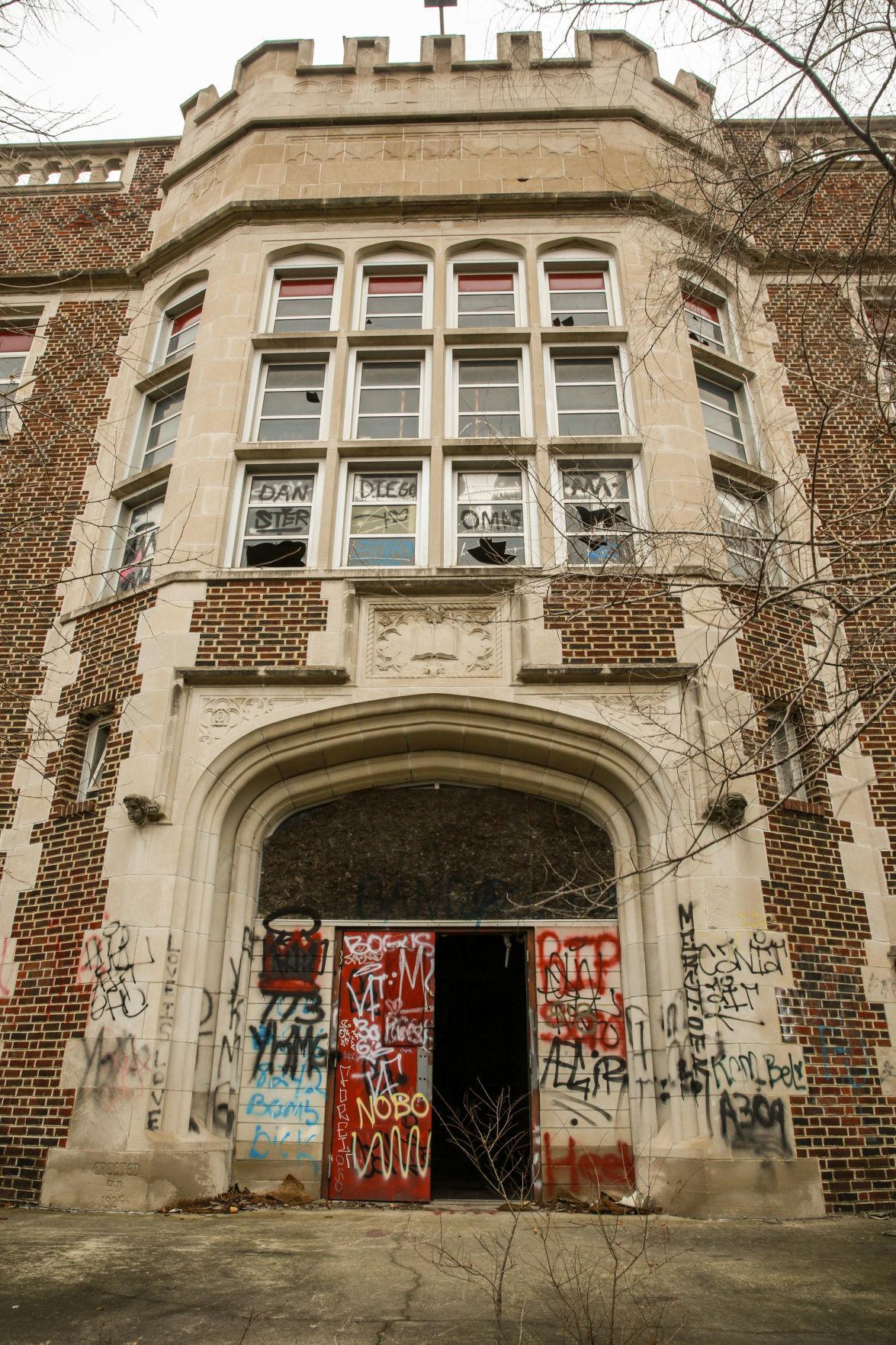 Gary Schools: Horace Mann