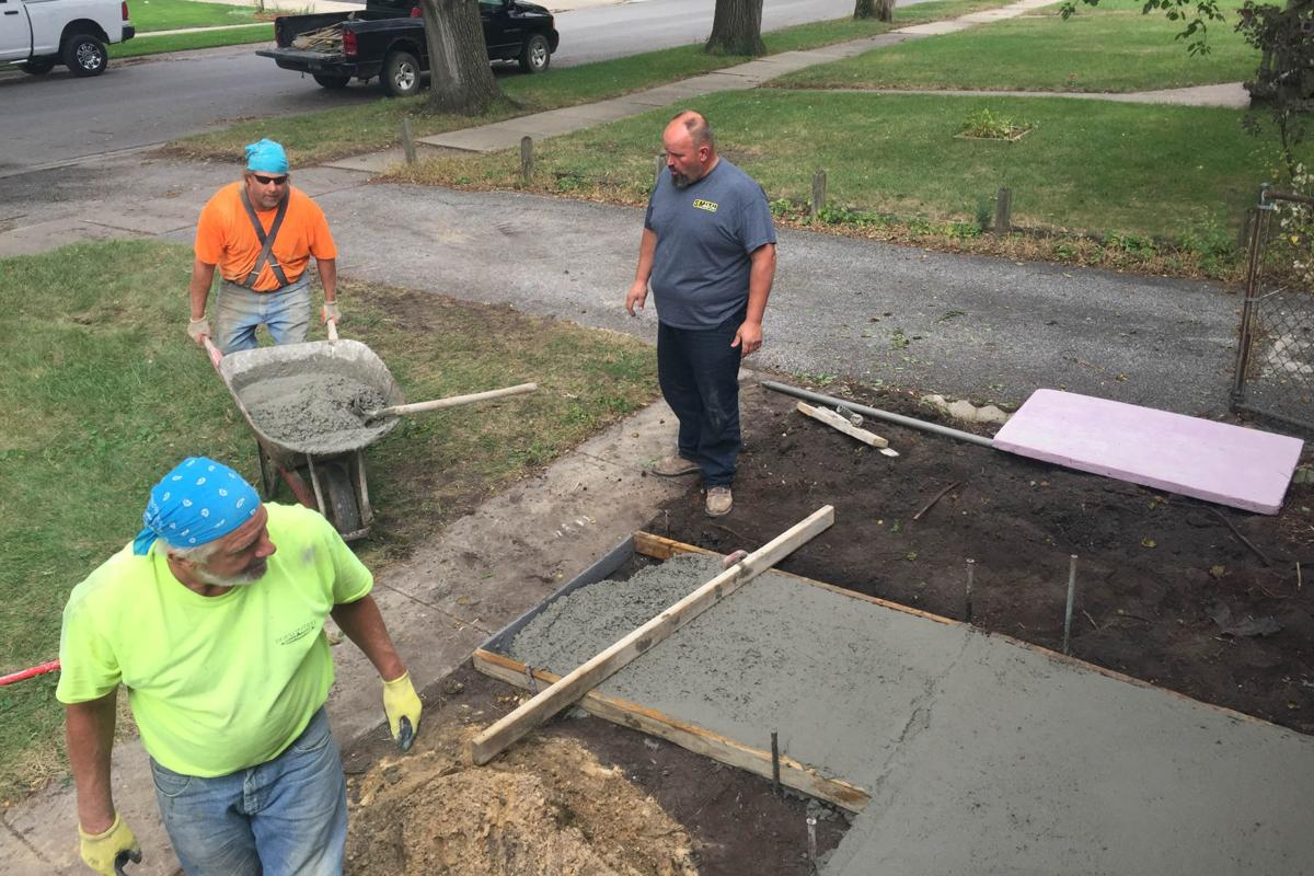 Volunteers looks to expand scope of projects for Griffith residents in need