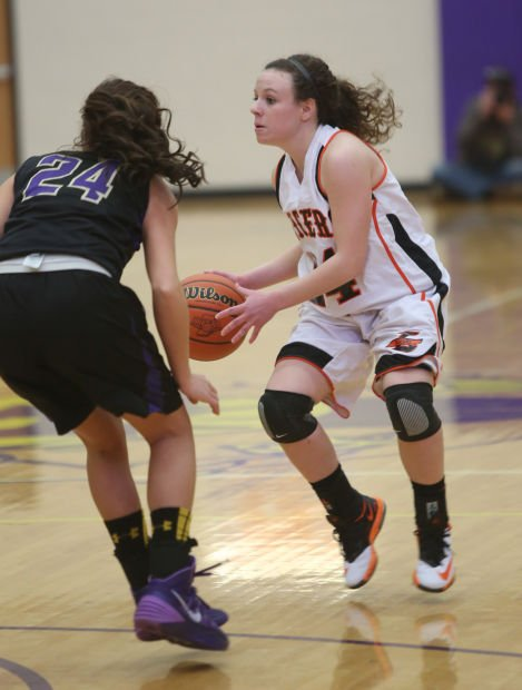 Laporte S Jaclyn Heath Is Guarded By Hobart S Cailin Trezak During Tuesday S Opening Round Of The Class 4a Hobart Sectional Nwi Preps Girls Basketball Nwitimes Com