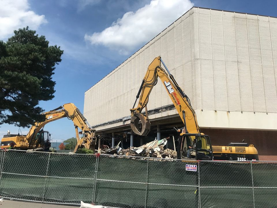 Vacant Hammond Carson's being torn down to make way for redevelopment