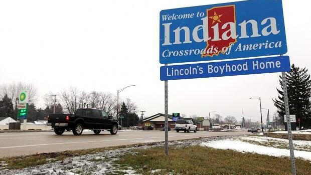Northwest Indiana lost 30,000 jobs in a single month but is gaining population for the first time in a decade