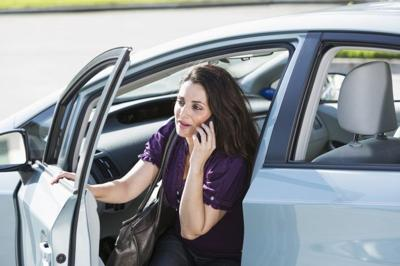 These strategies help save money on gas and earn rewards.